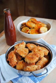 VeganSandra - tasty, cheap and easy vegan recipes by Sandra Vungi: Crispy soy nuggets