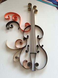 The Violin made with the quilling technique. Quilling Dolls, Paper Quilling Flowers, Paper Quilling Tutorial, Paper Quilling Patterns, Origami And Quilling, Quilled Paper Art, Quilling Paper Craft, Music Wall Art, Quilled Creations