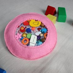 I Spy Bag Busy bag Montessori Sensory toy by PopelineCo on Etsy #busyBag #montessori #ISpy #sensory