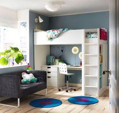 Combinaison lit et bureau Stuva, avec élément à 3 tiroirs et placard à 2 portes, 207 x 99 x 193 cm, 399 euros, Ikea.