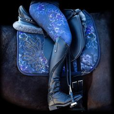 Riding Hats, Riding Gear, Horse Riding, Riding Clothes, Riding Outfits, Equestrian Boots, Equestrian Outfits, Equestrian Style, Equestrian Fashion