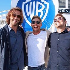 Jared's floofy hair and Misha's styled do had me confused as to their identities.  Then I remembered real life isn't TV and it clicked.