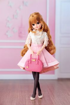 Dolls & Bears Repro 1st Generation Licca Chan Castle Doll Yellow Hair Limited Edition Complete Range Of Articles