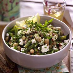 Warm Bean Salad mit Dill und Ziegenkäse
