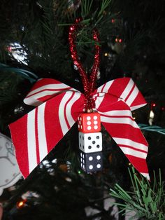 dice ornaments, idea for the Bunco Babes Bunco Party Themes, Christmas Party Themes, Casino Theme Parties, Holiday Crafts, Christmas Crafts, Christmas Decorations, Christmas Ornaments, Bunco Ideas, Christmas Ideas