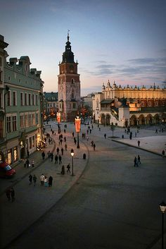 Krakow Poland: Market Square (photo by 'smif')