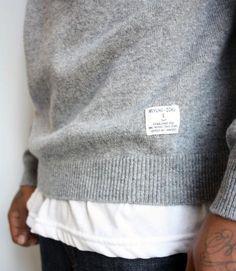 Classic plain sweaters.