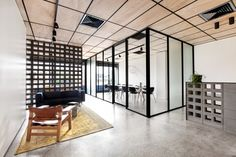 Blackwood Street Bunker / Clare Cousins Architects
