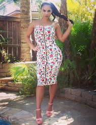 Sweetheart Neckline Floral Print Dress With Zip-up Front