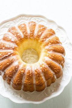 french cruller bundt cake - The Clever Carrot French Desserts, Just Desserts, Dessert Recipes, Cupcakes, Cupcake Cakes, Bon Dessert, Bunt Cakes, Pound Cake Recipes, Macaron