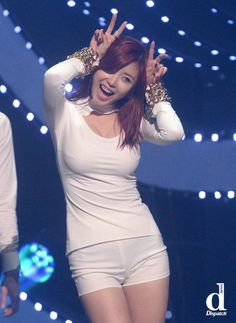 Dispatch compiles photos of Hyosung's glamorous body – Koreaboo