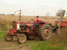 Farmall Tractors, Old Tractors, International Tractors, International Harvester, Cub Cadet Tractors, Tractor Farming, Future Farms, Classic Tractor, Agriculture Farming