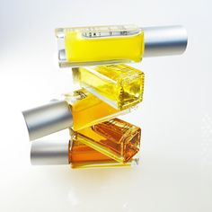 Designed with layers of notes that unfold and evolve on your skin, #christyorganics #naturalperfume creates a unique experience while transforming into a scent that is uniquely yours. - #Vegan - #CrueltyFree - 100% Natural - Made With Organic Ingredients, Plant Absolutes, Resins & Essential Oils  #organicperfume #shopping #wellbeing