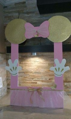 """Remember watching """"A Mickey Mouse Cartoon"""" and wishing your were Minnie Mouse for at least a day? You won't regret a Minnie Mouse quinceanera theme! Minnie Mouse First Birthday, Minnie Mouse Baby Shower, Baby 1st Birthday, First Birthday Parties, Birthday Party Decorations, Mickey Birthday, Birthday Ideas, Minnie Mouse Rosa, Minnie Mouse Theme"""
