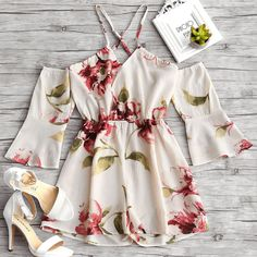 AZULINA Flower Print Flare Sleeve Cami Romper New Sexy Chiffon Playsuit Women Rompers 2018 Summer Beach Loose Overalls Jumpsuits Cute Rompers, Rompers Women, Moda Plus Size, Floral Romper, White Romper, Swim Dress, Playsuit, Maxi Romper, Cute Outfits