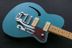 Reverend Guitars - Club King 290