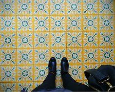 #floorcore in the Versailles Quartier Saint Louis.