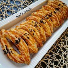 Kapaklı bir saklama kabında uzun süre bayatlamayan güzel bir tarif daha gelsin sizlere... Pastane Usûlü Çatal 125 gram tereyağı (oda…