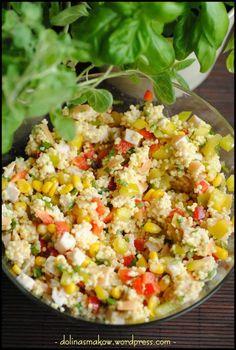 sałatka z kaszą jaglaną i wędzonym kurczakiem Salad Recipes, Snack Recipes, Healthy Recipes, Appetizer Salads, Appetizers, Chicken Egg Salad, Rice Salad, Food Salad, Macaron