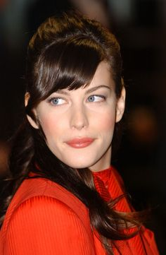 Lovely Liv Tyler Website - Gallery - Events - Premieres - Lord of the Rings Premieres - The Fellowship of the Ring Wor... - Picture