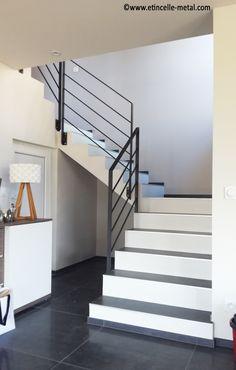 Garde-corps minimaliste en acier Pergola, Stairs, Design, Home Decor, Minimalist, Steel, Stairway, Staircases, Interior Design