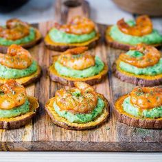 "2,359 Likes, 31 Comments - Rachel Maser (@cleanfoodcrush) on Instagram: ""Spicy Shrimp Guacamole Crisps {Party Appetizers that will impress your crowd! No need to mention…"""