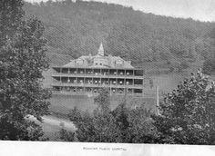 Roanoke Memorial Hospital