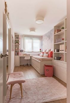 Gold Bedroom Decor, Cozy Bedroom, Small Room Design, Home Room Design, Girls Bedroom Storage, Kids Bedroom, House Extension Design, Toddler Rooms, Bedroom Layouts