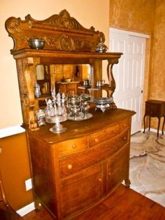 Antique-Sideboard-Buffet-cross-sawn-oak-cupboards-drawers-nice-beveled-mirror
