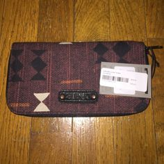 Dakine NWT wallet Brand new with tags Dakine Accessories