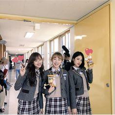 Teen Web, Body Shots, Gothic Outfits, Best Friend Goals, Squad Goals, Ulzzang Girl, Korean Drama, What I Wore, Korean Girl