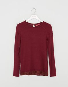 Camiseta BSK antelina en bajo $399