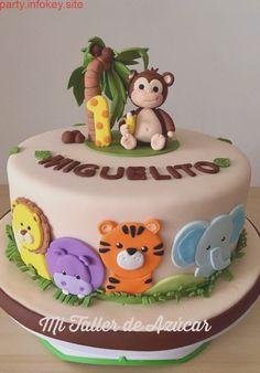 Baby birthday cake - Dschungelparty - - first birthday cake - Jungle Birthday Cakes, Boys First Birthday Cake, Animal Birthday Cakes, White Birthday Cakes, Jungle Cake, Zoo Cake, Blue Birthday, Jungle Party, Rainbow Birthday