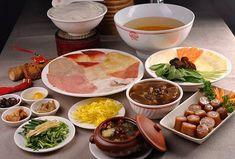 Yunnan Rice Noodles or Crossing the bridge noodles (过桥米线)