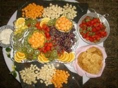 Catering+Ideas+Fruit+Displays+Weddings | Photo Gallery - Fruit Display For A Wedding Reception Photo