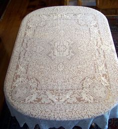#7510 Vintage quaker lace figural cherub tablecloth