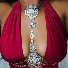 This beautiful, crystal, body chain perfectly accessorizes your bikini and fully clothed outfits. Size: One size Shop TODAY! Limited Quantity - They sell out fast! Body Chain Jewelry, Body Jewellery, Jewelry Necklaces, Body Chain Outfit, Silver Jewelry, Jewelry Logo, Cartier Jewelry, Jewelry Quotes, Pink Jewelry
