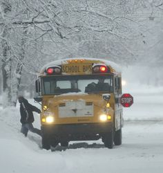 Muskegon Heights advice: Privatize school bus drivers, clerical workers and custodians Old School Bus, School Bus Driver, School Buses, Big Ride, Safety Week, Future School, Wheels On The Bus, Big Yellow, Winter Images