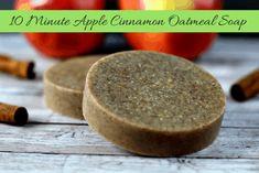 50+ DIY Homemade Soaps that Smell Amazing Apple Cinnamon Oatmeal, Oatmeal Soap, Cinnamon Apples, Homemade Scrub, Homemade Facials, Handmade Soap Recipes, Handmade Soaps, Beauty Recipe, Home Made Soap
