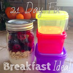 21 Day Fix breakfast! Greek yogurt, oats, and frozen berries in a mason jar! The oats will absorb the moisture as the berries thaw overnight in the fridge These are delish and filling! I make 5 jars at a time and grab them on the go in the morning! 21 Day Fix Challenge, 21 Day Fix Meal Plan, 21 Day Fix Breakfast, Yogurt Breakfast, Breakfast Ideas, Beachbody 21 Day Fix, 21 Fix, 21 Day Fix Diet, 21 Day Fix Extreme