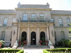 The Elms in Newport  also designed by  Horace Trumbauer.