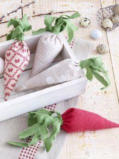 Ostern steht vor der Tür und wir sind im Bastelfieber. Dieses Jahr nähen wir aus Stoffresten DIY-Ideen, die auch im nächsten Jahr noch aktuell sind.
