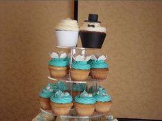 Google Image Result for http://4.bp.blogspot.com/_Cej-cx9HNzM/SghvAjArEMI/AAAAAAAAA4U/v3XtAmHnCL4/s400/WeddingCupcakes.bmp