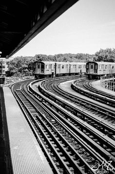 West Farms Subway [Photo by Voseo]