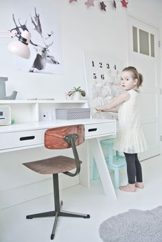 The Study Area in a Kid's Room - by Kids Interiors Kid Desk, Little Girl Rooms, Fashion Room, Kid Spaces, Kids Decor, Kids House, Room Interior, Interior Design, Girls Bedroom