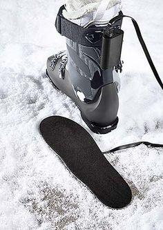 Lubisz zabawy na stoku? Oto ubrania na narty i snowboard dla całej rodziny.