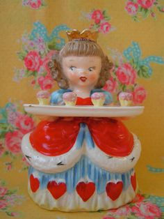 Valentine's Day Special...Vintage Napco Queen Of Hearts Figurine....MINTY