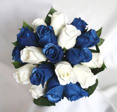 Send Wedding Bouquets White and Blue Roses to Philippines. 18 pcs. of cool Blue and White Roses bouquet is perfect sign of purity and peace. Blue Roses Wedding, Diy Wedding Flowers, Flowers For Weddings, Blue Orchid Wedding, Wedding Colors, Blue Rose Bouquet, Silk Bridal Bouquet, Rose Wedding Bouquet, White Wedding Bouquets