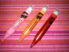 Rimmel: fixka Lasting Finish 1000 Kisses Stay on Lips Best Lipsticks, Rimmel, Kisses, Lip Gloss, I Am Awesome, It Is Finished, Makeup, Make Up, Blowing Kisses
