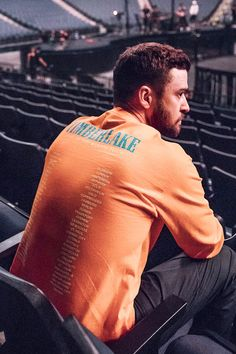 • justintimberlake via ig: We're coming to the end of the first leg of the #MOTWTOUR. As a huge thank you for the amazing turn out last night in my hometown — and due to popular demand: I'm putting up a few styles of tour merch, designed by the...